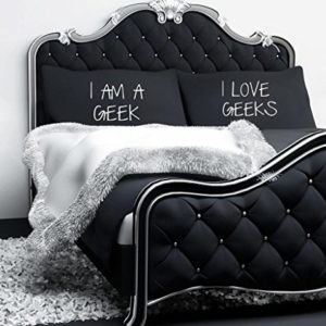 60 Second Makeover Limited I AM A Geek I Love Geeks Noir Taie doreiller Paire de couples Taie doreiller Taie doreiller Cadeau Parure de lit Cadeau Saint Valentin 0 300x300 - lifestyle, geek - 60 Second Makeover Limited I AM A Geek I Love Geeks Noir Taie d'oreiller Paire de couples Taie d'oreiller Taie d'oreiller Cadeau Parure de lit Cadeau Saint Valentin