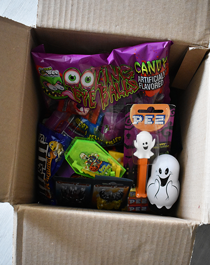 unboxing confiserie titto personalgifter - tests - Unboxing Halloween Confiserie Titto