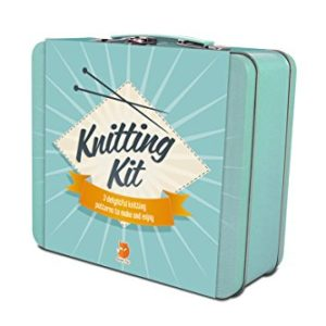 Knitting Kit Gift Tin 3 delightful Patterns to make and enjoy Christmas Gift 37