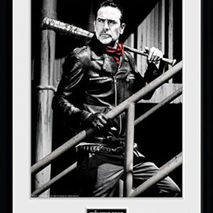 1art1 The Walking Dead Poster De Collection Encadré - Negan Stairs (40 x 30 cm) 2
